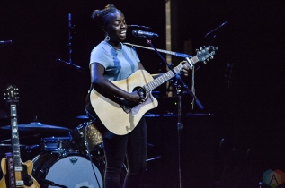 TORONTO, ON - FEBRUARY 11: Sunny War performs at Queen Elizabeth Theatre in Toronto on February 11, 2018. (Photo: Justin Roth/Aesthetic Magazine)