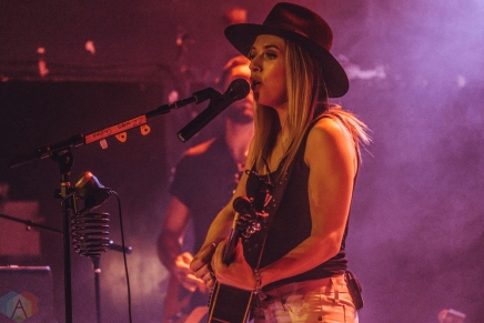 TORONTO, ON - FEBRUARY 21: ZZ Ward performs at Mod Club in Toronto on February 21, 2018. (Photo: Nicole De Khors/Aesthetic Magazine)