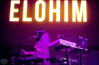 NEW ORLEANS, LA - MARCH 10: Elohim performs at Buku Festival in New Orleans on March 10, 2018. (Photo: Kelli Binnings/Aesthetic Magazine)