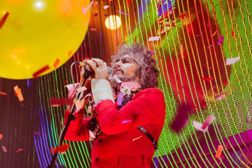 RICHMOND, VA - MARCH 10: The Flaming Lips perform at The National in Richmond, Virginia on March 10, 2018. (Photo: Ashley Travis/Aesthetic Magazine)