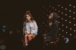 VANCOUVER, BC - MARCH 25: Jessie Reyez (L) and Daniel Caesar perform at the Juno Awards at Rogers Arena in Vancouver on March 25, 2018. (Photo: Tim Nugyen/Aesthetic Magazine)