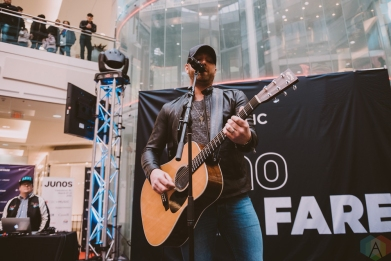 BURNABY, BC - MARCH 24: Tim Hicks performs at JUNO Fan Fare in Burnaby, BC on March 24, 2018. (Photo: Tim Nguyen/Aesthetic Magazine)