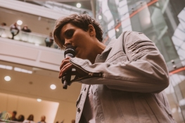 BURNABY, BC - MARCH 24: Ria Mae performs at JUNO Fan Fare in Burnaby, BC on March 24, 2018. (Photo: Tim Nguyen/Aesthetic Magazine)