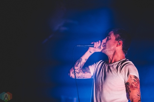 SACRAMENTO, CA - APRIL 06: Circa Survive performs at Ace of Spades in Sacramento, California on April 06, 2018. (Photo: Kyle Simmons/Aesthetic Magazine)