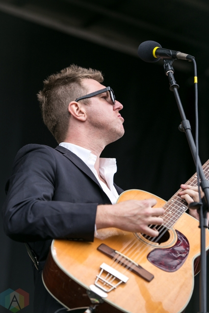 Charleston, NC - APRIL 22: Hamilton Leithauser performs at High Water Festival in Charleston, South Carolina on April 22, 2018. (Photo: Kari Terzino/Aesthetic Magazine)