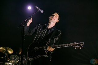 TORONTO, ON - APRIL 08: James Bay performs at Danforth Music Hall in Toronto on April 08, 2018. (Photo: Alyssa Balistreri/Aesthetic Magazine)