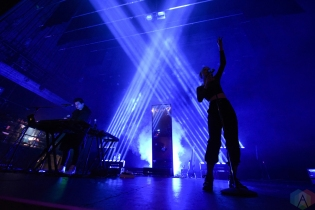 LOS ANGELES, CA - APRIL 12: Marian Hill performs at Fonda Theatre in Los Angeles, California on April 12, 2018. (Photo: Matt Harding/Aesthetic Magazine)