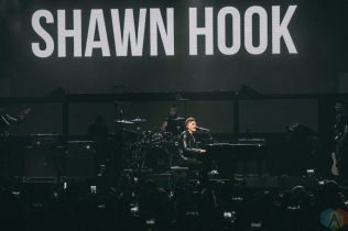 TORONTO, ON - MAY 11: Shawn Hook performs at iHeartRadio FanFest in Toronto on May 11, 2018. (Photo: Nicole De Khors/Aesthetic Magazine)