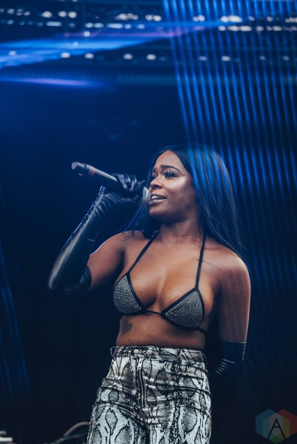 TORONTO, ON - JUNE 15: Azealia Banks performs at Yonge-Dundas Square in Toronto during NXNE on June 15, 2018. (Photo: Nicole De Khors/Aesthetic Magazine)