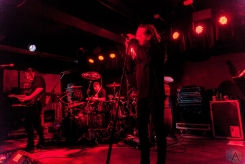 MANCHESTER, UK - JUNE 06: Jonathan Davis performs at Manchester Club Academy in Manchester, UK on June 06, 2018. (Photo: Priti Shikotra/Aesthetic Magazine)