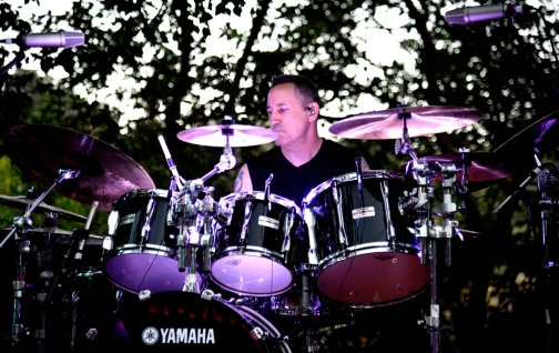 STUDIO CITY, CA - JUNE 28: Jimmy Chamberlin of The Smashing Pumpkins performs during the 1979 House Party at a private residence on June 28, 2018 in Studio City, California. (Photo: Kevin Mazur/Getty)