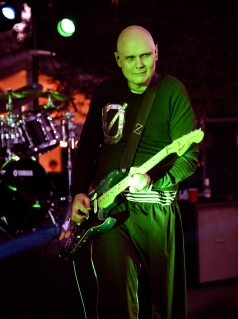 STUDIO CITY, CA - JUNE 28: Billy Corgan of The Smashing Pumpkins performs during the 1979 House Party at a private residence on June 28, 2018 in Studio City, California. (Photo: Kevin Mazur/Getty)