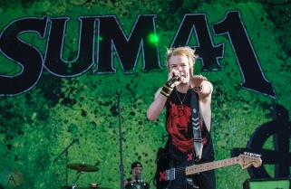 MONTEBELLO, QC - JUNE 15: Sum 41 performs at Montebello Rockfest in Montebello, Quebec on June 15, 2018. (Photo: Greg Matthews/Aesthetic Magazine)