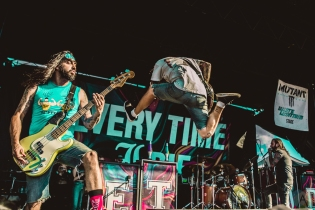 TORONTO, ON - JULY 17: Every Time I Die performs at Warped Tour at Echo Beach in Toronto on July 17, 2018. (Photo: Joanna Glezakos/Aesthetic Magazine)
