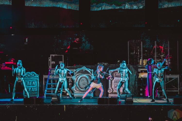 TORONTO, ON - JULY 27: Lindsey Stirling performs at Budweiser Stage in Toronto on July 27, 2018. (Photo: Joanna Glezakos/Aesthetic Magazine)