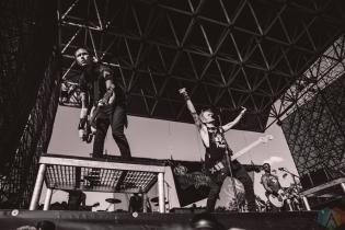 TORONTO, ON - JULY 17: Sum 41 performs at Warped Tour at Echo Beach in Toronto on July 17, 2018. (Photo: Joanna Glezakos/Aesthetic Magazine)