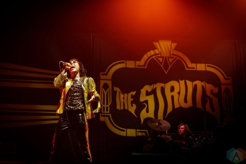 TORONTO, ON - JULY 12: The Struts perform at Rogers Centre in Toronto on July 12, 2018. (Photo: Brendan Albert/Aesthetic Magazine)