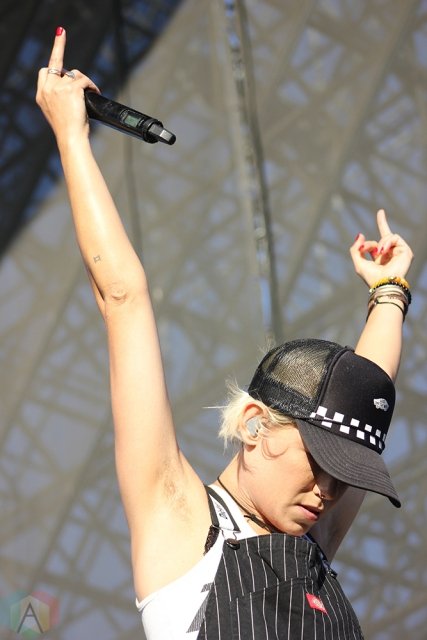 TORONTO, ON - JULY 17: Tonight Alive performs at Warped Tour at Echo Beach in Toronto on July 17, 2018. (Photo: Curtis Sindrey/Aesthetic Magazine)