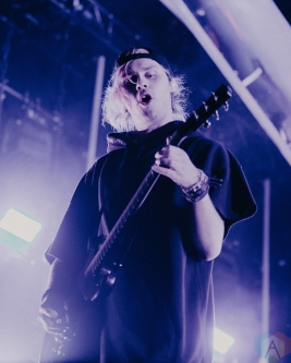 TORONTO, ON - AUGUST 27: 5 Seconds of Summer performs at Echo Beach in Toronto, Ontario on August 27, 2018. (Photo: Jenna Hum/Aesthetic Magazine)