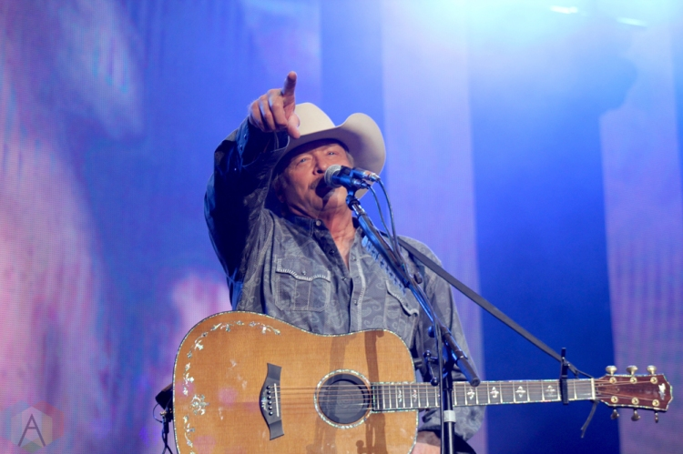 ORO-MEDONTE, ON - AUGUST 11: Alan Jackson performs at Boots And Hearts Music Festival at Burl's Creek in Oro-Medonte, ON on August 11, 2018. (Photo: Curtis Sindrey/Aesthetic Magazine)