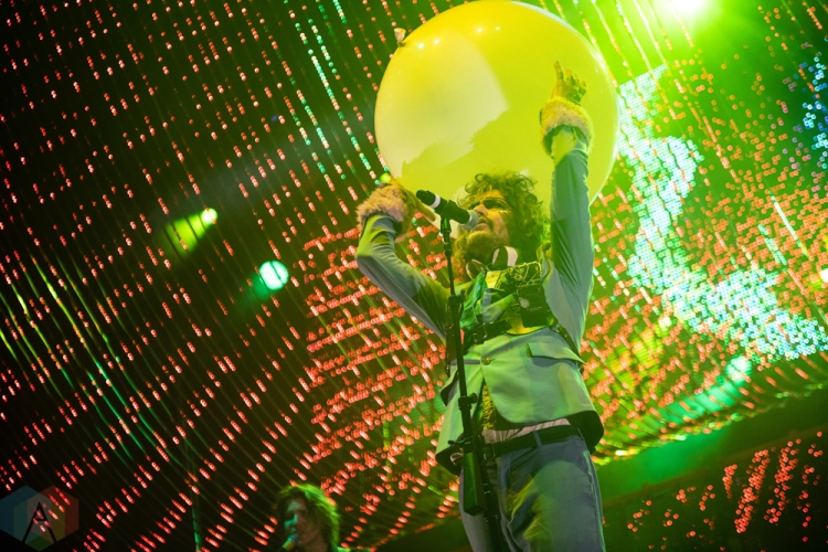 ELORA, ON - AUGUST 18: The Flaming Lips perform at Riverfest Elora in Elora, Ontario on August 18, 2018. (Photo: Morgan Harris/Aesthetic Magazine)