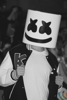 TORONTO, ON - AUGUST 26: Marshmello attends iHeartRadio MMVAS red carpet in Toronto, Ontario on August 26, 2018. (Photo: Curtis Sindrey/Aesthetic Magazine)