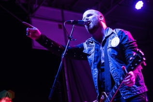 ELORA, ON - AUGUST 18: Sam Coffey And The Iron Lungs perform at Riverfest Elora in Elora, Ontario on August 18, 2018. (Photo: Morgan Harris/Aesthetic Magazine)