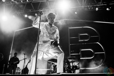 TORONTO, ON - SEPTEMBER 27: Leon Bridges performs at Echo Beach in Toronto on September 27, 2018. (Photo: Joanna Glezakos/Aesthetic Magazine)
