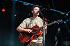 CHICAGO, IL – SEPTEMBER 14: The Front Bottoms performs at Riot Fest at Douglas Park in Chicago on September 14, 2018. (Photo: Katie Kuropas/Aesthetic Magazine)