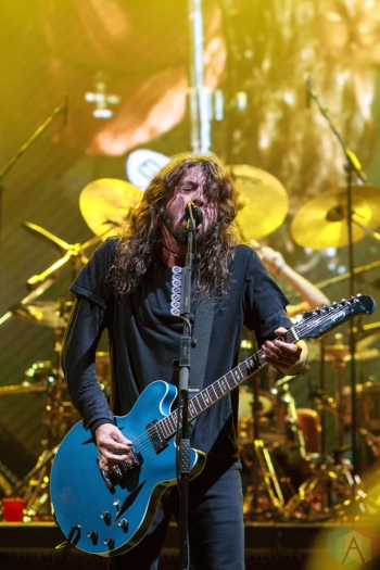 SAN BERNARDINO, CA - OCTOBER 06: Foo Fighters performs at Cal Jam at Glen Helen Regional Park in San Bernardino, California on October 06, 2018. (Photo: James Alvarez/Aesthetic Magazine)