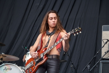 SAN BERNARDINO, CA - OCTOBER 06: Greta Van Fleet performs at Cal Jam at Glen Helen Regional Park in San Bernardino, California on October 06, 2018. (Photo: James Alvarez/Aesthetic Magazine)