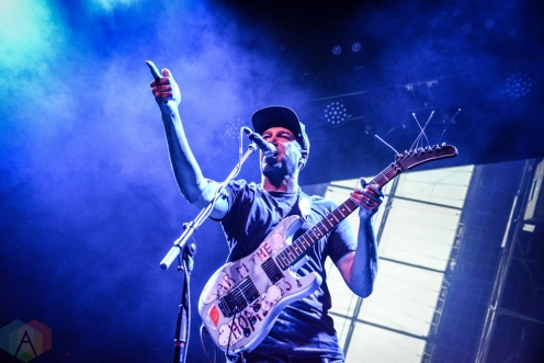 BROOKLYN, NY - OCTOBER 22 - Tom Morello performs at Brooklyn Steel in Brooklyn, New York on October 22, 2018. (Photo: Alx Bear/Aesthetic Magazine)