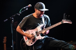 SEATTLE, WA - OCTOBER 18: Tom Morello performs at The Crocodile in Seattle on October 18, 2018. (Photo: Kevin Tosh/Aesthetic Magazine)