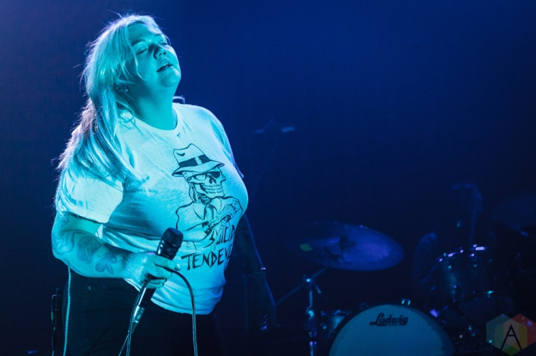 TORONTO, ON - NOVEMBER 08: Elle King performs at The Opera House in Toronto on November 08, 2018. (Photo: David McDonald/Aesthetic Magazine)