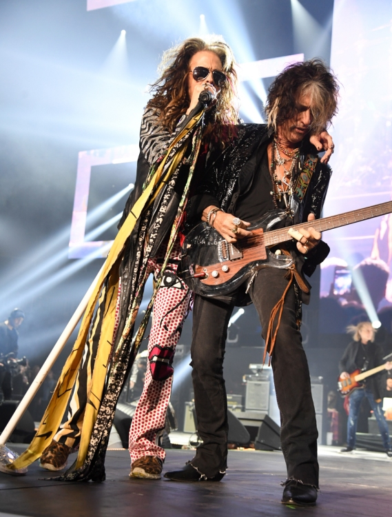 ATLANTA, GA - FEBRUARY 01: (L-R) Steven Tyler and Joe Perry of Aerosmith perform at Super Bowl Music Fest at State Farm Arena on February 1, 2019 in Atlanta, Georgia. (Photo: Kevin Mazur/Getty)