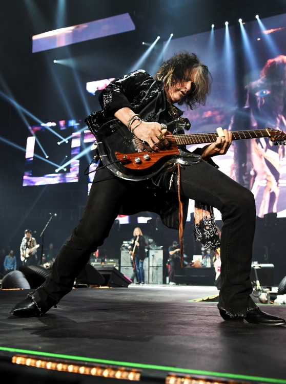ATLANTA, GA - FEBRUARY 01: Joe Perry of Aerosmith performs at Super Bowl Music Fest at State Farm Arena on February 1, 2019 in Atlanta, Georgia. (Photo: Kevin Mazur/Getty)