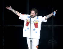 ATLANTA, GA - FEBRUARY 01: Post Malone performs at Super Bowl Music Fest at State Farm Arena on February 1, 2019 in Atlanta, Georgia. (Photo: Kevin Winter/Getty)