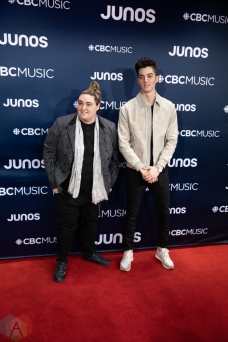 LONDON, ON - MARCH 17: Elijah Woods and Jamie Fine attend the 2019 Juno Awards red carpet at Budweiser Gardens in London, Ontario on March 17, 2019. (Photo: Brendan Albert/Aesthetic Magazine)