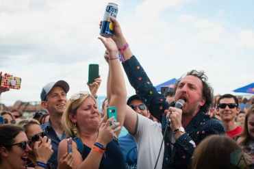 TEMPE, AZ - MARCH 02: Guster performs at Innings Festival in Tempe, Arizona on March 02, 2019. (Photo: Tony Contini/Aesthetic Magazine)