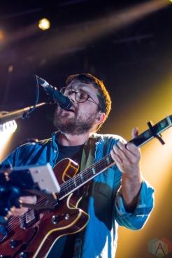 WASHINGTON, D.C. - MAY 12: Bear's Den performs at 9:30 Club in Washington D.C. on May 12, 2019. (Photo: Lauren Fuchs/Aesthetic Magazine)