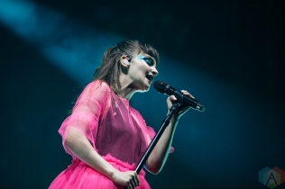 CHICAGO, IL - MAY 02: CHVRCHES performs at Aragon Ballroom in Chicago on May 02, 2019. (Photo: Kris Fuentes Cortes/Aesthetic Magazine)