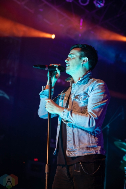 CHICAGO, IL - MAY 10: Parachute performs at House of Blues in Chicago on May 10, 2019. (Photo: Kris Fuentes Cortes/Aesthetic Magazine)