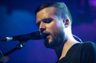TORONTO, ON - MAY 04: White Lies performs at Mod Club in Toronto on May 04, 2019. (Photo: Brendan Albert/Aesthetic Magazine)