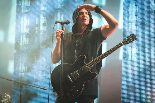 CHICAGO, IL - JUNE 27: Third Eye Blind performs at Huntington Bank Pavilion in Chicago on June 27, 2019. (Photo: Katie Kuropas/Aesthetic Magazine)