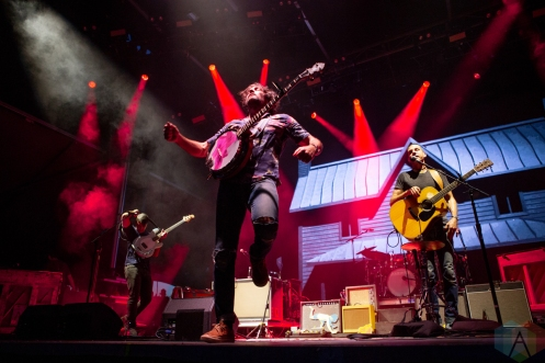 LOUISVILLE, KY - JULY 14: The Avett Brothers performs at Forecastle Festival in Louisville, Kentucky on July 14, 2019. (Photo: Meghan Breedlove/Aesthetic Magazine)