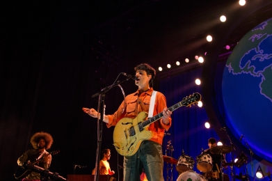 COLUMBIA, MD - AUGUST 29 - Vampire Weekend performs at Merriweather Post Pavilion in Columbia, MD on August 29, 2019. (Photo: Lauren Fuchs/Aesthetic Magazine)