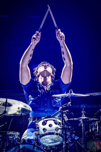 CINCINNATI, OH - SEPTEMBER 25: 5 Seconds of Summer performs at U.S. Bank Arena in Cincinnati on September 25, 2019. (Photo: Ron Valle/Aesthetic Magazine)