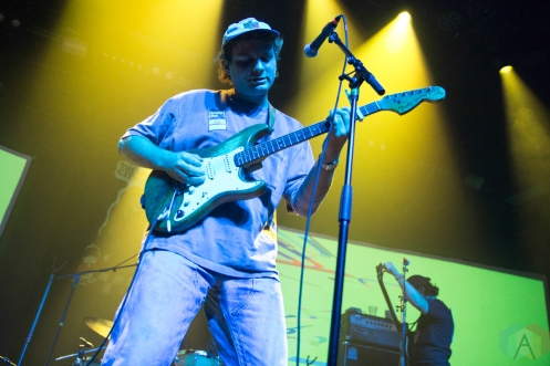 NEW YORK, NY - SEPTEMBER 19: Mac DeMarco performs at Brooklyn Steel in New York on September 19, 2019. (Photo: Emily Korn/Aesthetic Magazine)