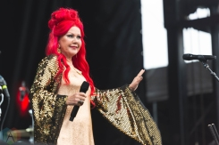 CHICAGO, IL - SEPT. 15 - The B-52s performs at Riot Fest in Chicago on September 15, 2019. (Photo: Katie Kuropas/Aesthetic Magazine)
