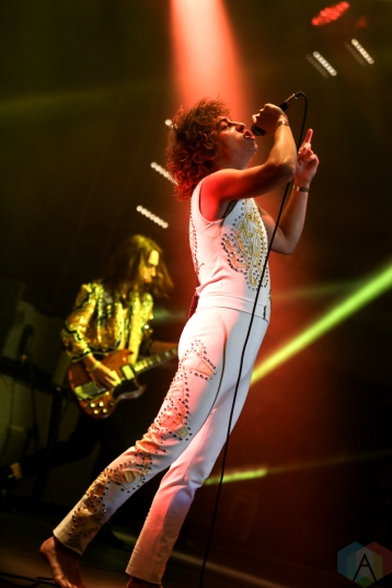 HOLLYWOOD, CA - OCTOBER 05: Greta Van Fleet performs at Hollywood Palladium in Hollywood, California on October 05, 2019. (Photo: Melanie Escombe/Aesthetic Magazine)